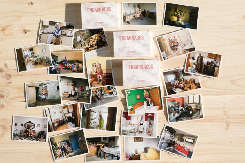 Deseñando unha caixa para a colección de postais